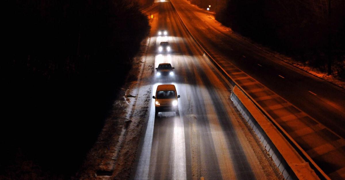 L'IRM lance un double avertissement, confirmé par Luc Trullemans, pour cette nuit et ce mardi: «Une couche de neige au sol!