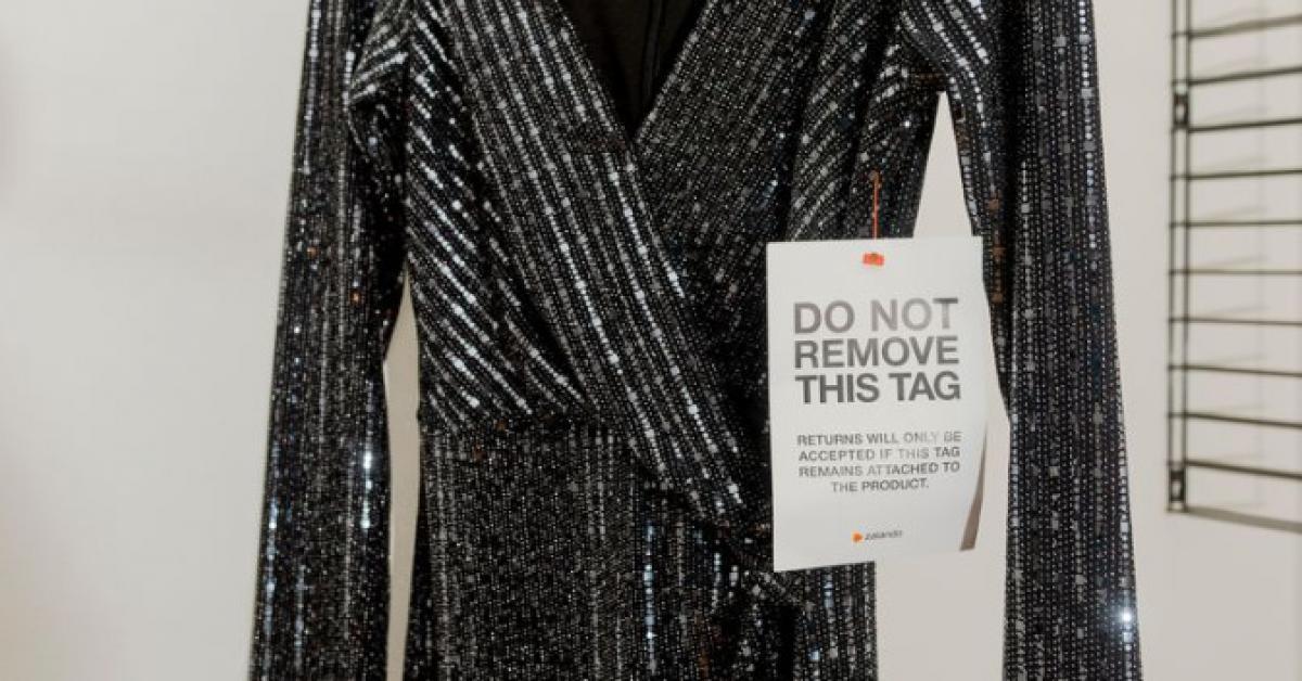 La mesure radicale de Zalando pour que les consommateurs ne renvoient plus  les vêtements 19bea8fca8e