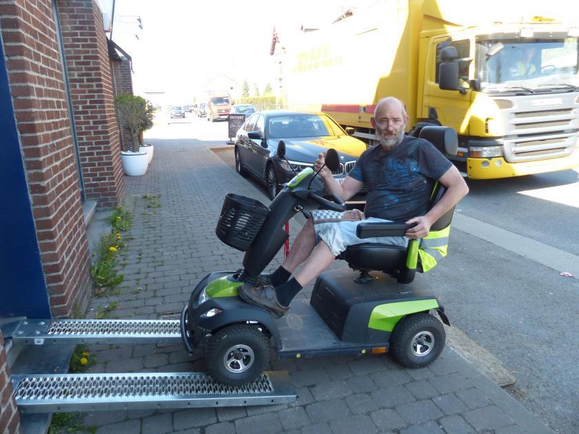 Miraculé d'un cancer et diabétique, Daniel, un habitant d'Ouffet, veut faire le tour d'Europe en voiturette électrique