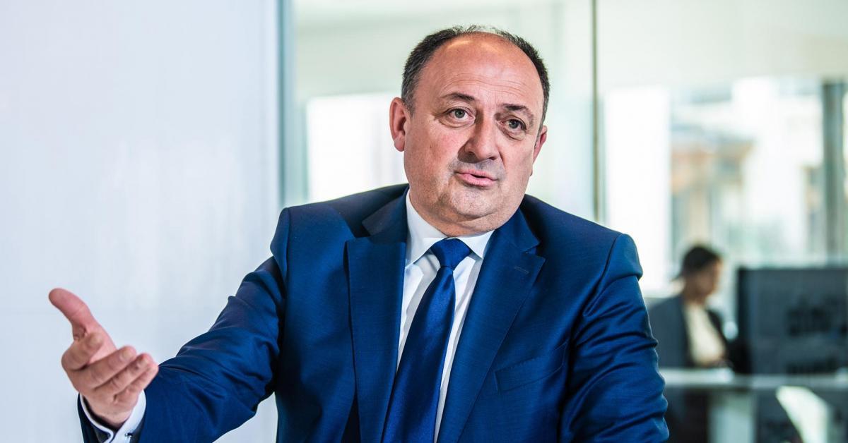 Le Ministre-président wallon, Willy Borsus, nous présente ses idées de réforme fiscale: «Une réduction de 500euros sur le précompte immobilier