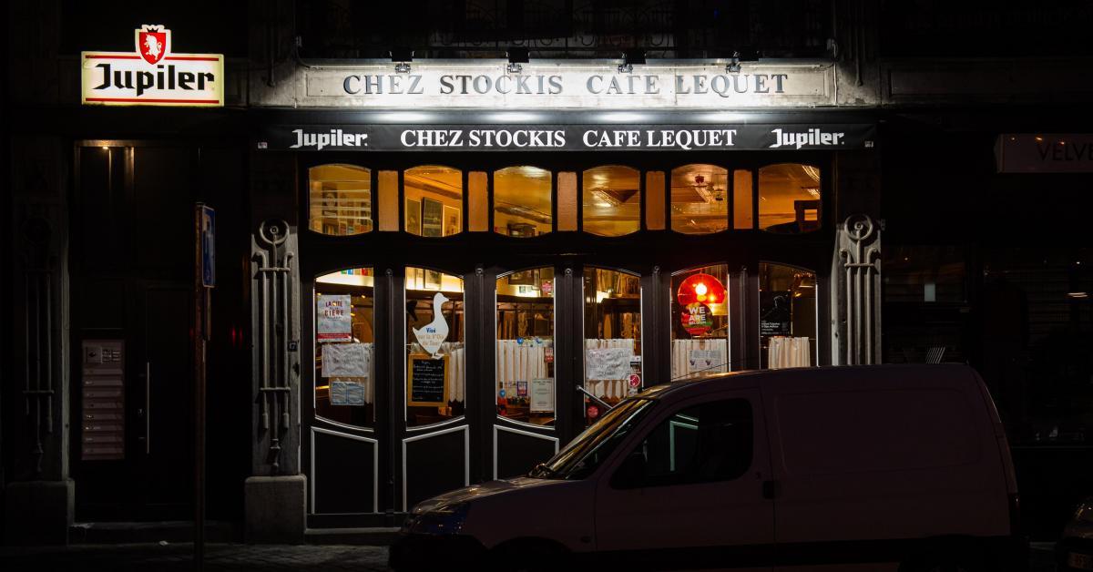 Gros dérapage du patron Café Lequet, l'institution du centre de Liège: «Des chants nazis et des insultes, le patron faisait des saluts hitlériens!»