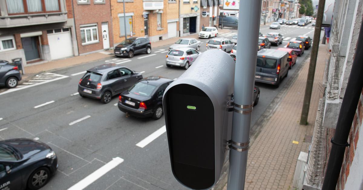 Les trois nouveaux «radars feux rouges» flasheront d'ici l'été à Neupré, Liège et Juprelle