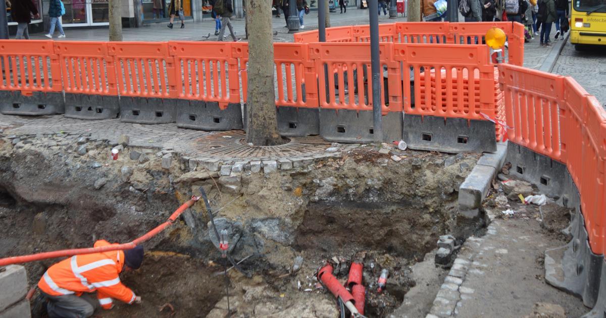 Macabre découverte place Saint-Lambert à Liège: une dizaine de squelettes de nouveau-nés retrouvés grâce au chantier du tram