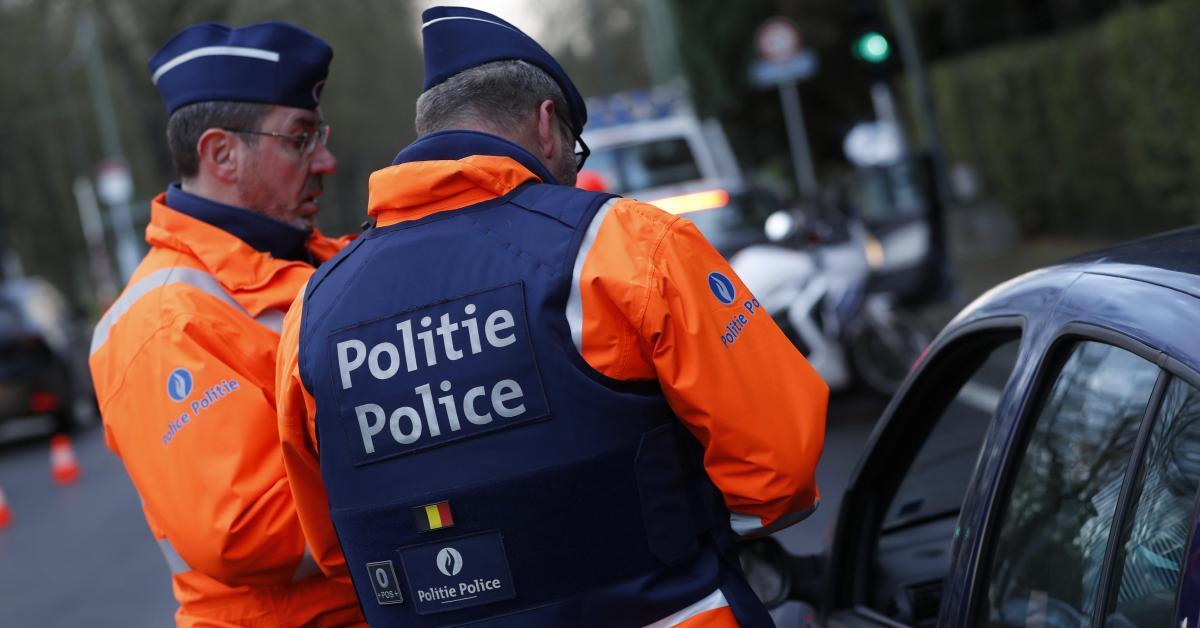 À Bruxelles, un sexagénaire écope de 7 ans de prison ferme pour conduite sans permis: il avait juste sorti l'auto du garage pour la vendre à un ami!