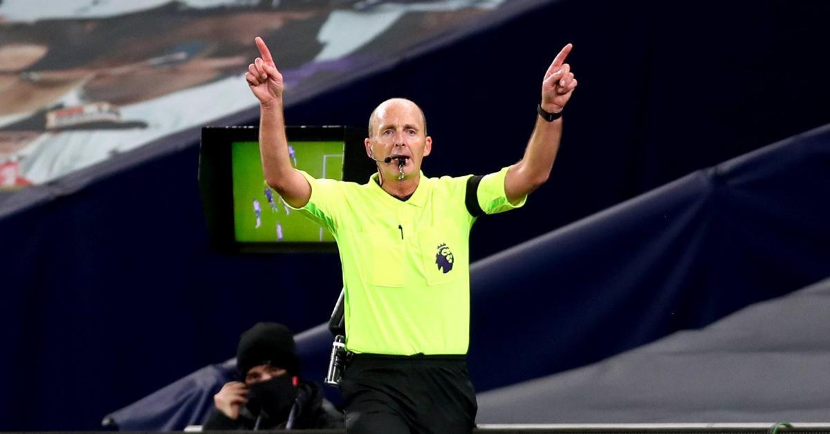 Menacé de mort, il aurait demandé à ne pas arbitrer de match en Premier League - Sudinfo.be