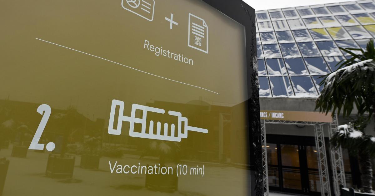 Coronavirus: l'appel aux mutualités pour identifier les patients présentant des comorbidités les rendant prioritaires à la vaccination fait débat - Sudinfo.be