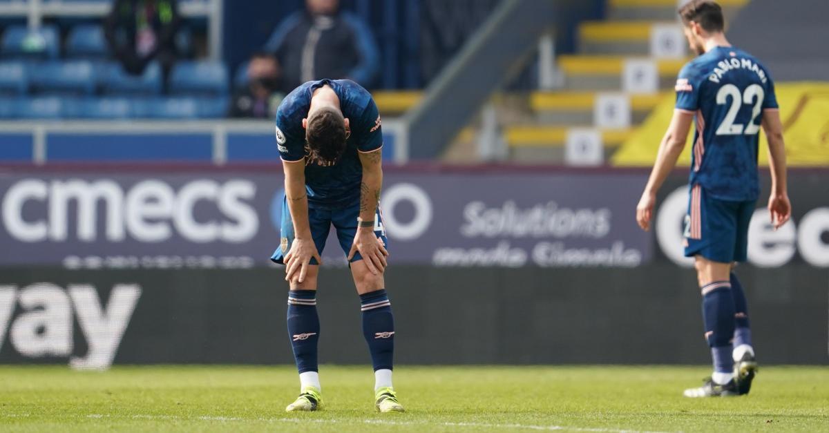 Arsenal perd deux points contre Burnley après avoir encaissé un but gag sur une grosse erreur de Xhaka (vidéo) - Sudinfo.be