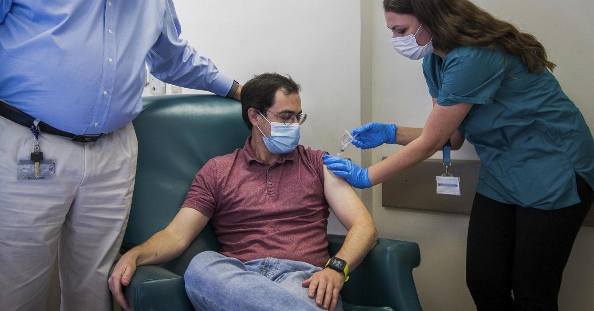 Coronavirus: des patients en bonne santé pourraient être vaccinés avec ceux qui présentent des comorbidités - Sudinfo.be