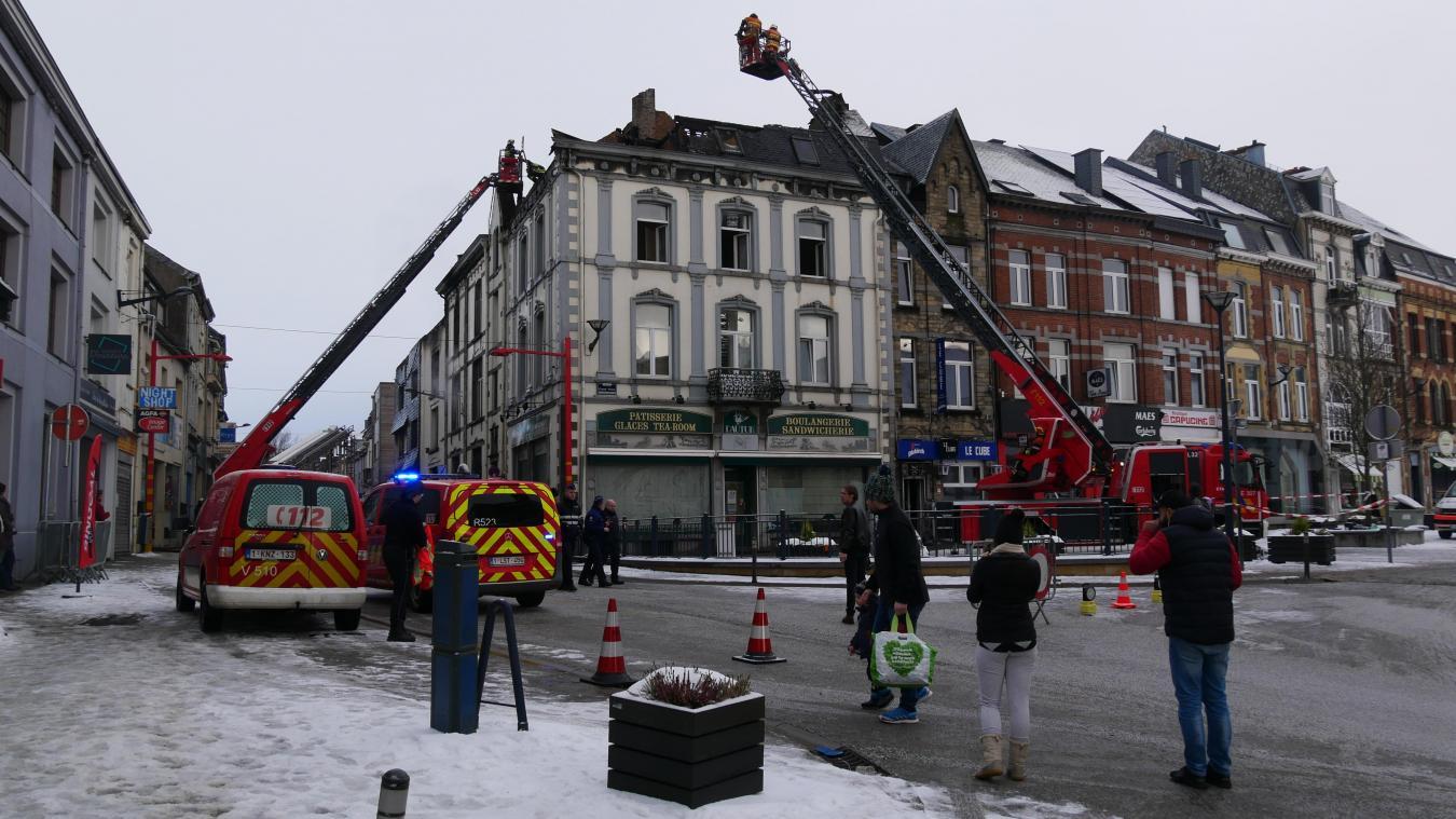 Les images impressionnantes de l'incendie à Neufchâteau