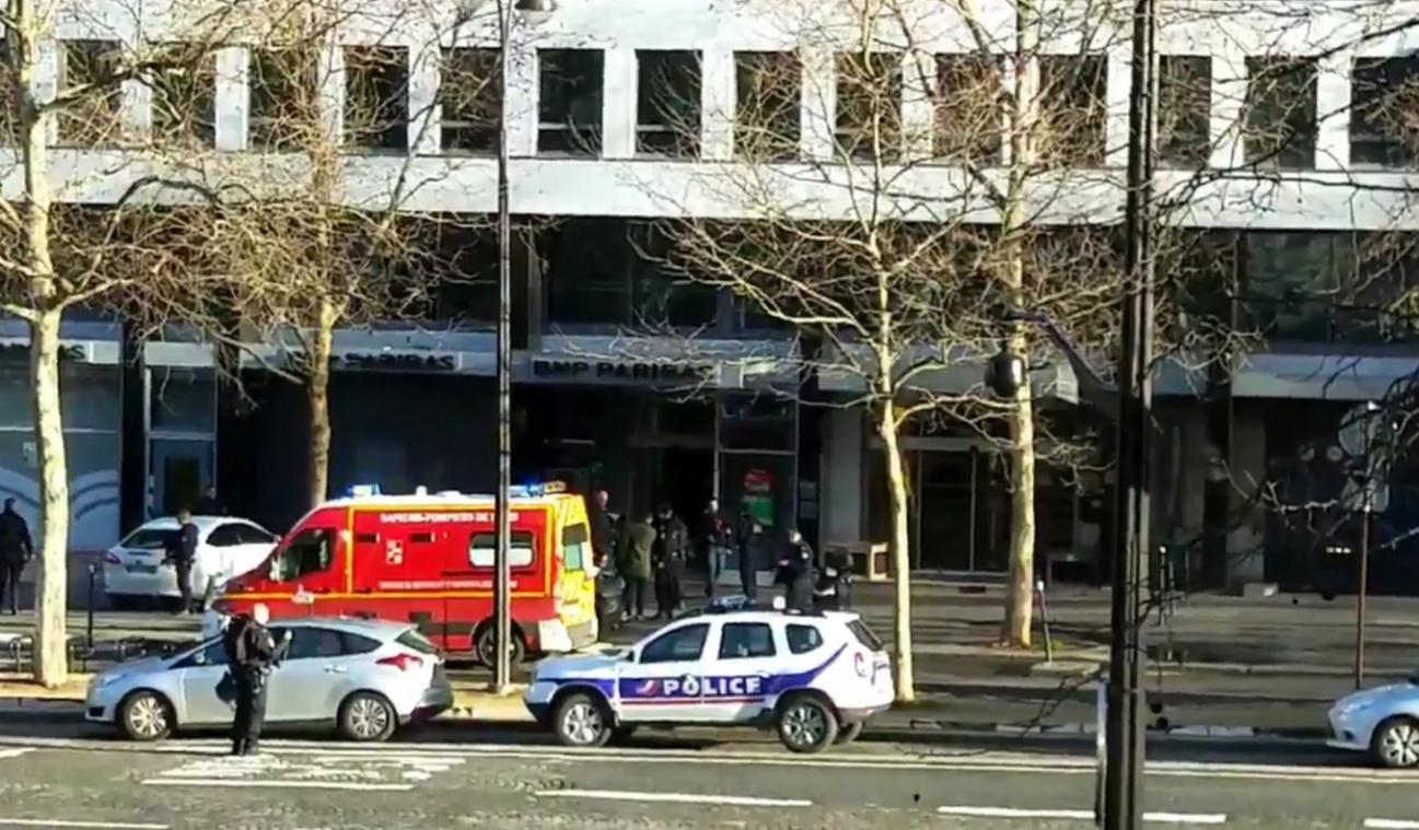 Tentative de braquage d'une banque près de l'Arc de Triomphe — Paris