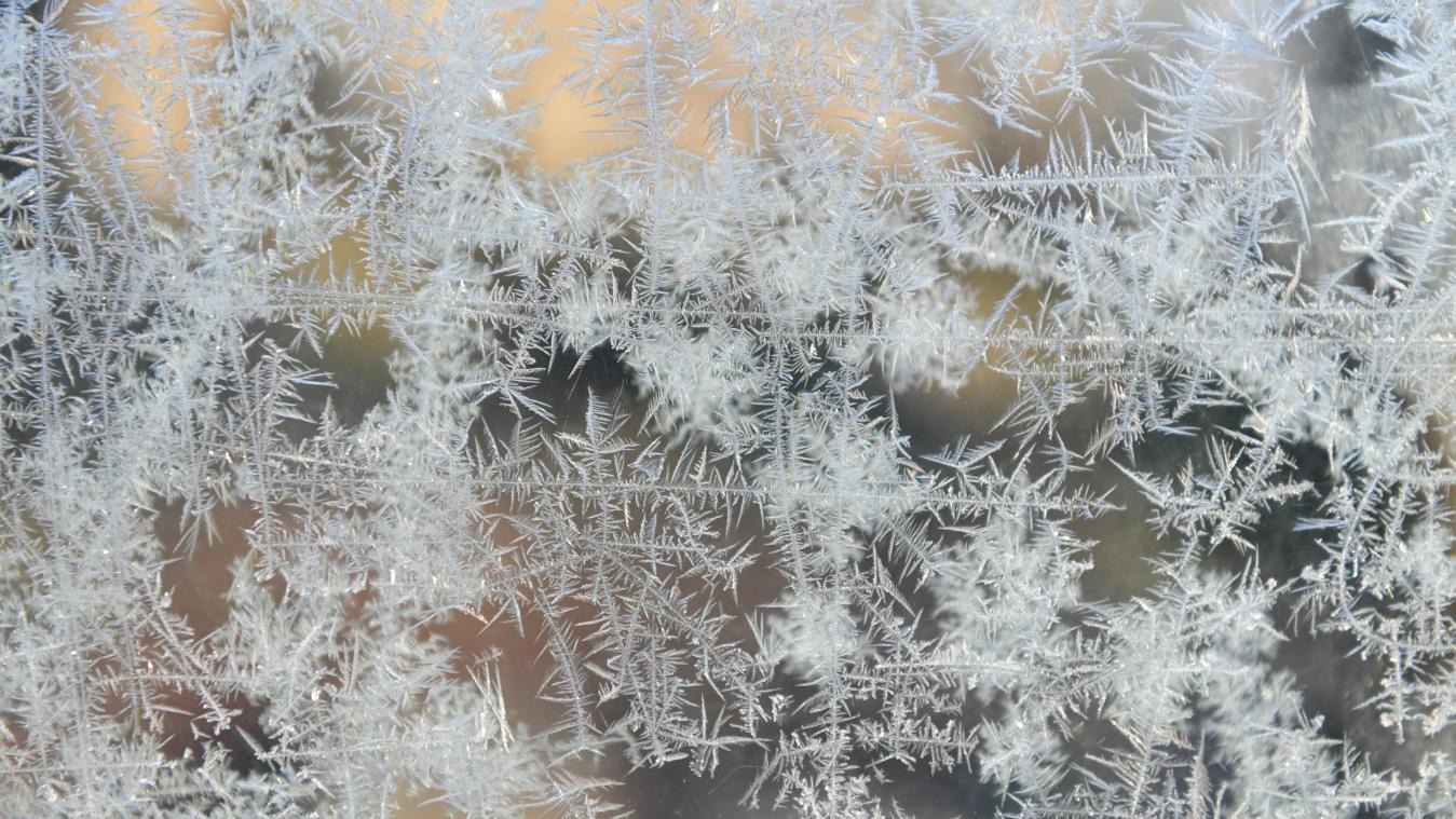 Météo: la vague de froid s'installe, jusqu'à -12 degrés cette nuit (vidéo)
