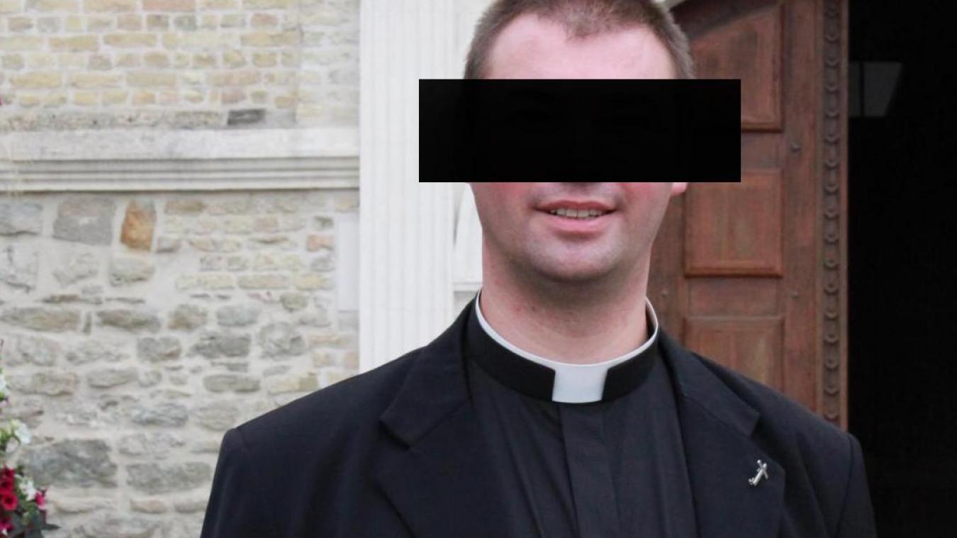 France : un prêtre inculpé pour