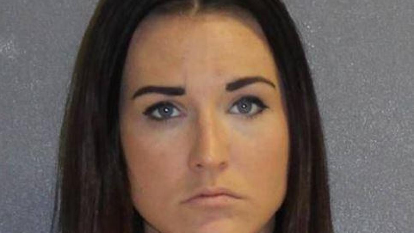 Floride : une enseignante arrêtée pour des relations sexuelles avec son élève
