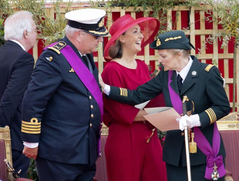 monarchie : Pas de pension pour le prince Laurent et la princesse Astrid, mais bien une dotation qu'ils auront