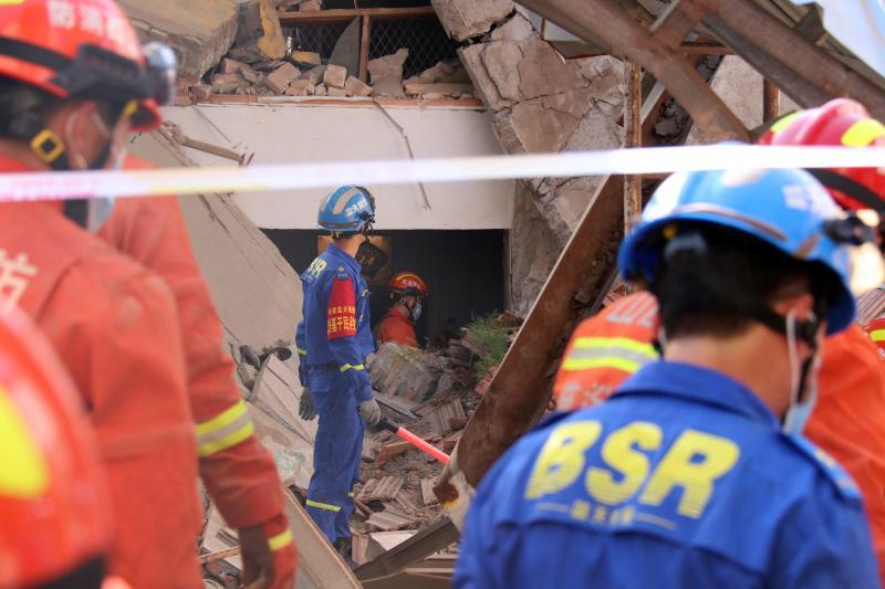 Au moins 17 morts dans l'effondrement d'un restaurant — Chine