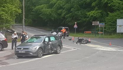 Un motard grièvement blessé dans un accident à Spa: secours et hélicoptère sur place!