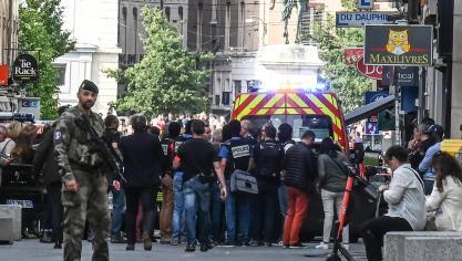 Une «attaque» dans une rue piétonne à Lyon fait au moins 13 blessés: un homme en VTT aurait déposé un colis piégé avec des clous (photos et vidéos)