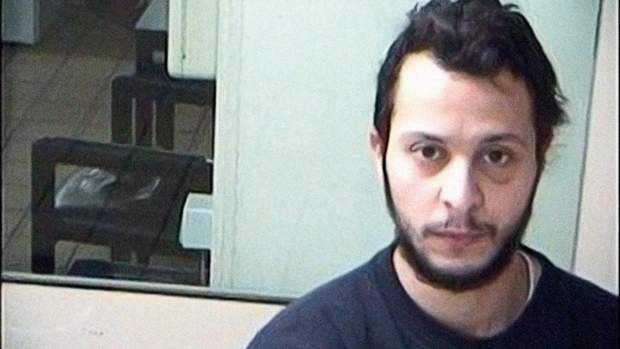 Salah Abdeslam reconnu coupable de tentative d'assassinat terroriste — Fusillade à Bruxelles