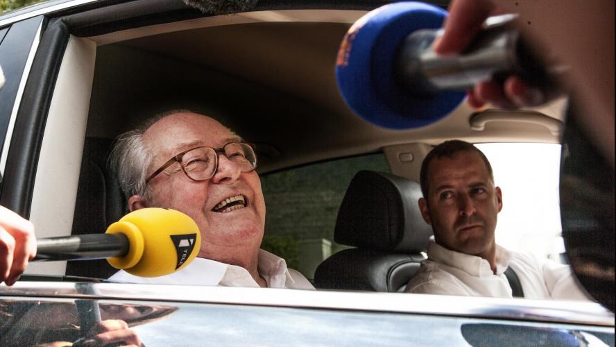 Jean-Marie Le Pen définitivement condamné pour ses propos sur les Roms