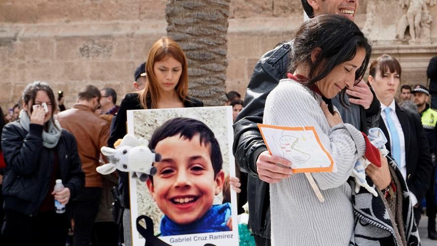 Un enfant disparu fin février retrouvé mort dans le coffre de la voiture de sa belle-mère — Espagne