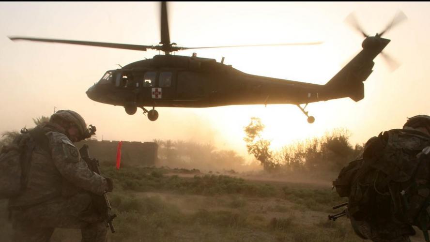 Un hélicoptère américain s'écrase en Irak, disent des responsables US