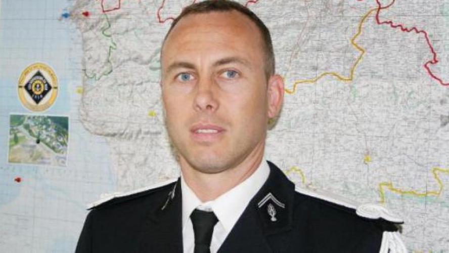 Décès du gendarme blessé dans la prise d'otages — Trèbes