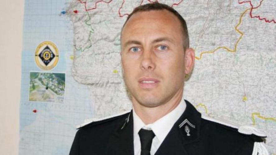 Qui était Arnaud Beltrame, le gendarme mort en héros — Attentats dans l'Aude