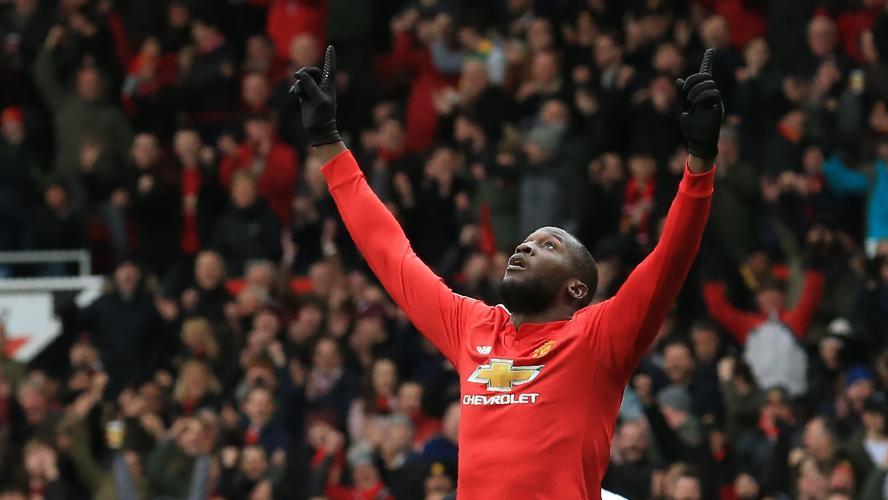 Man United bat Swansea et reprend sa deuxième place (2-0)