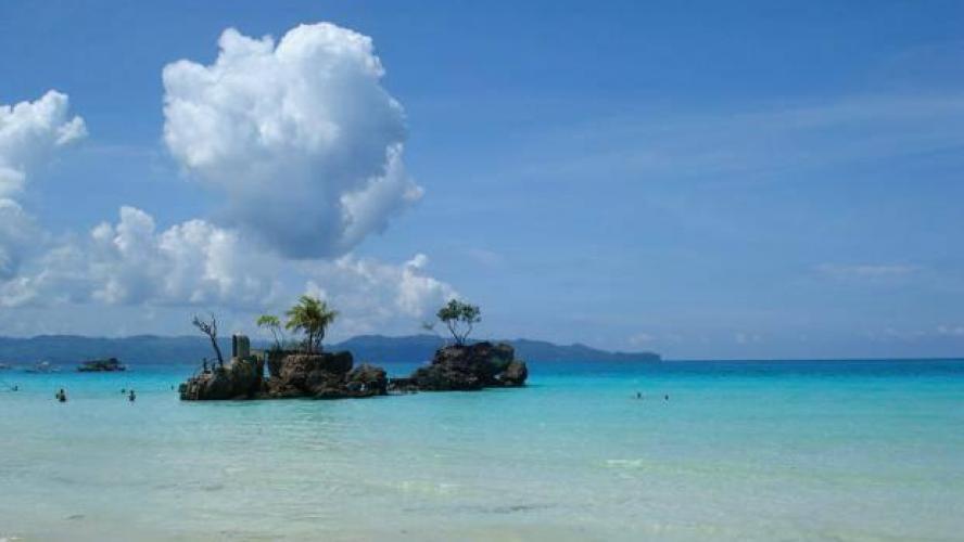L'île de Boracay fermée aux touristes pour six mois — Philippines