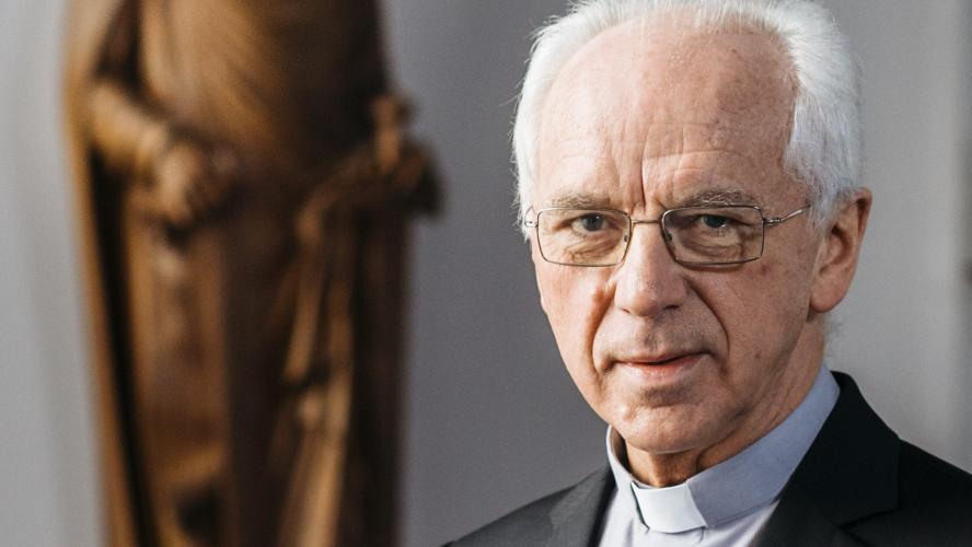 Le cardinal De Kesel réfléchit à un mariage alternatif pour les homosexuels