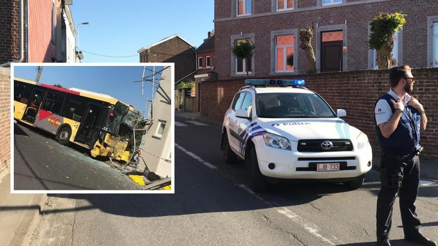Un bus TEC percute une façade, 9 blessés — Montegnée