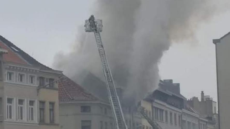Incendie impressionnant près de la place Fernand Coq — Ixelles