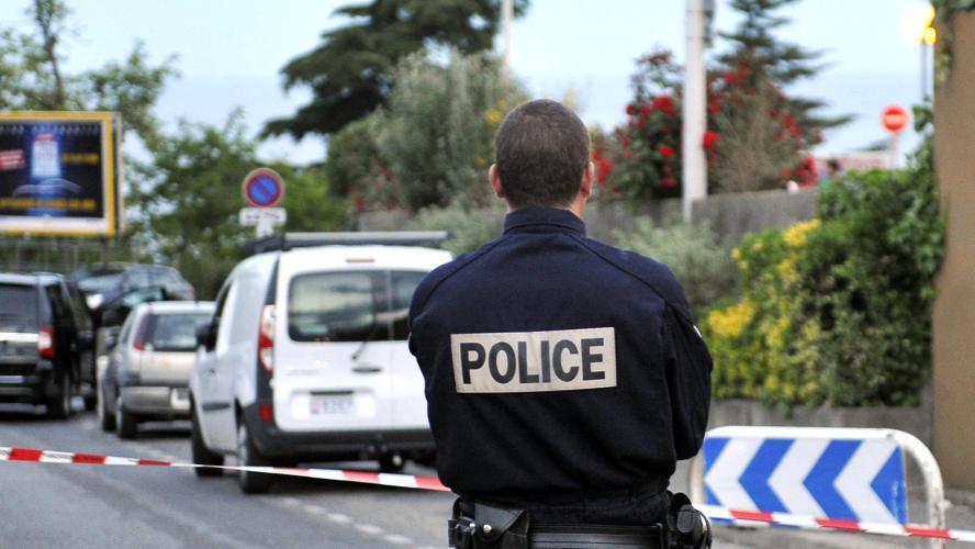 Un Algérien arrêté pour avoir jeté son enfant du 5e étage — France