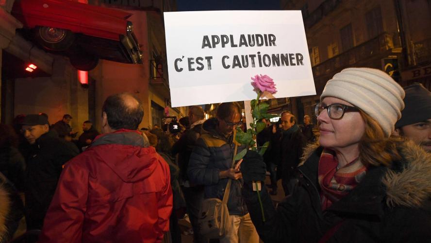 Société. Devant son public parisien, Cantat dénonce les