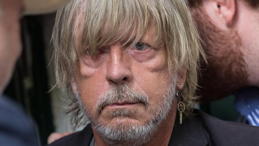 Le chanteur Renaud une nouvelle fois hospitalisé d'urgence — Les fans inquiets
