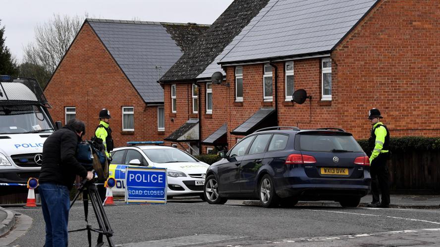 Examen médical d'un policier pour possible exposition au Novitchok — Grande-Bretagne