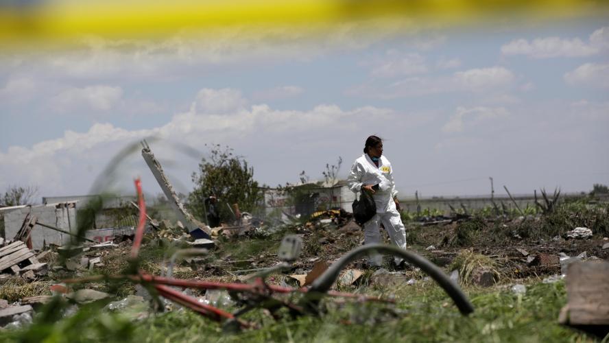 Explosions meurtrières d'entrepôts de feux d'artifice — Mexique