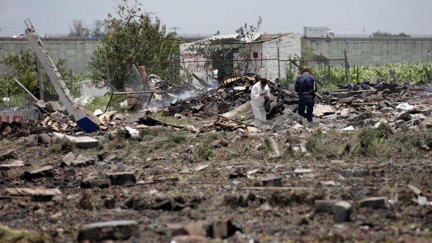 Explosion dans un entrepôt de feux d'artifice au Mexique: 12 morts