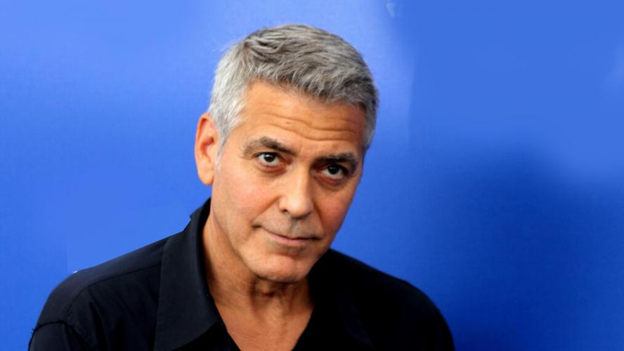 George Clooney a eu un accident de scooter en Sardaigne