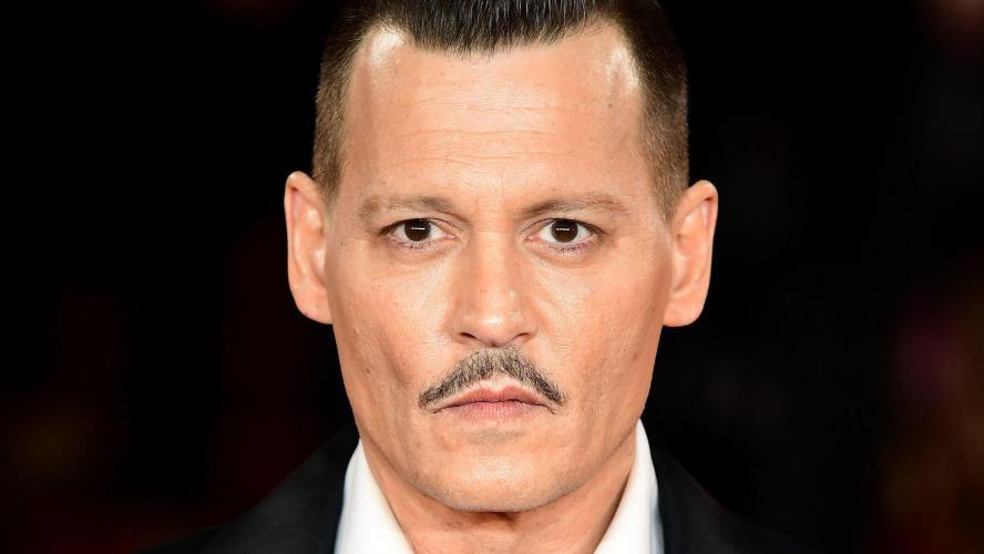 Johnny Depp poursuivi pour violences physiques et harcèlement moral