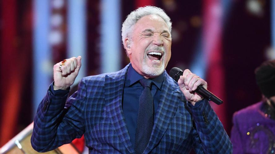 Tom Jones hospitalisé en raison d'une infection bactérienne