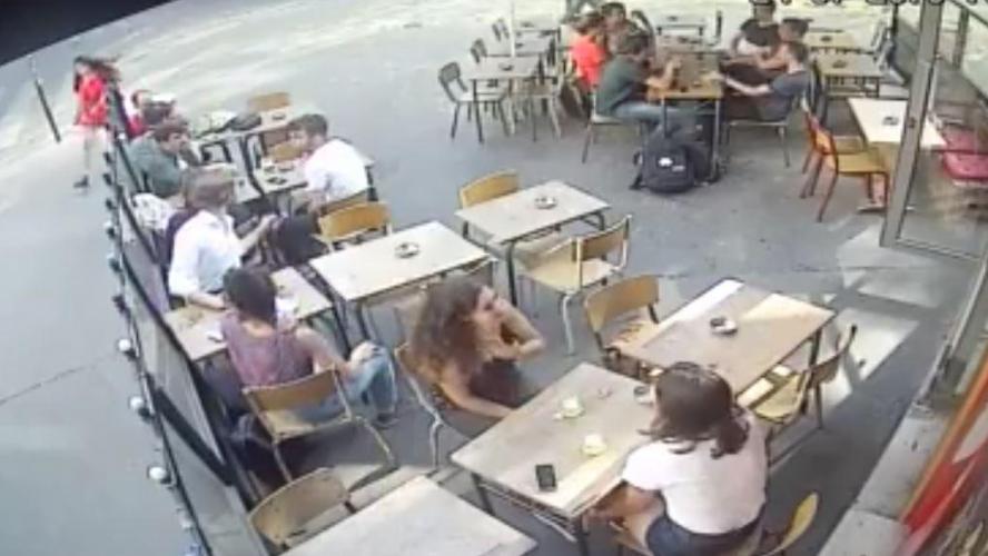 Paris : une jeune femme violemment frappée en pleine rue