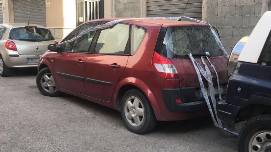 Espagne : un bébé meurt dans une voiture, oublié par son grand-père