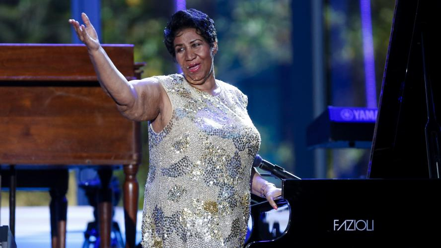 Entourée de ses proches, Aretha Franklin serait