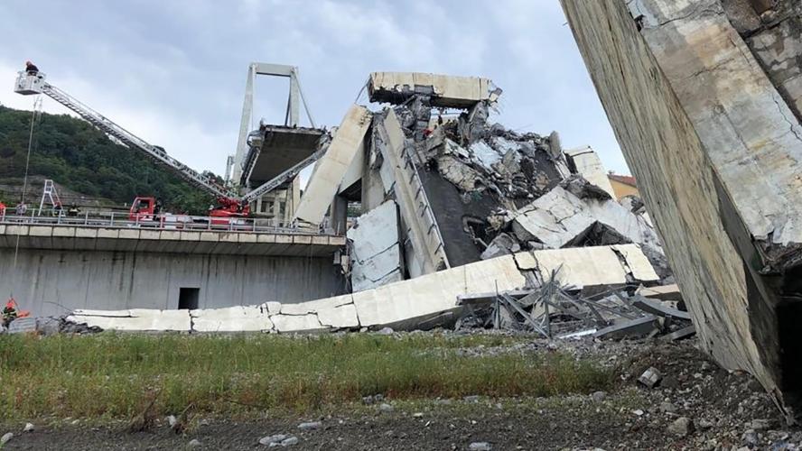 Au moins 22 morts dans l'effondrement d'un viaduc autoroutier — Italie