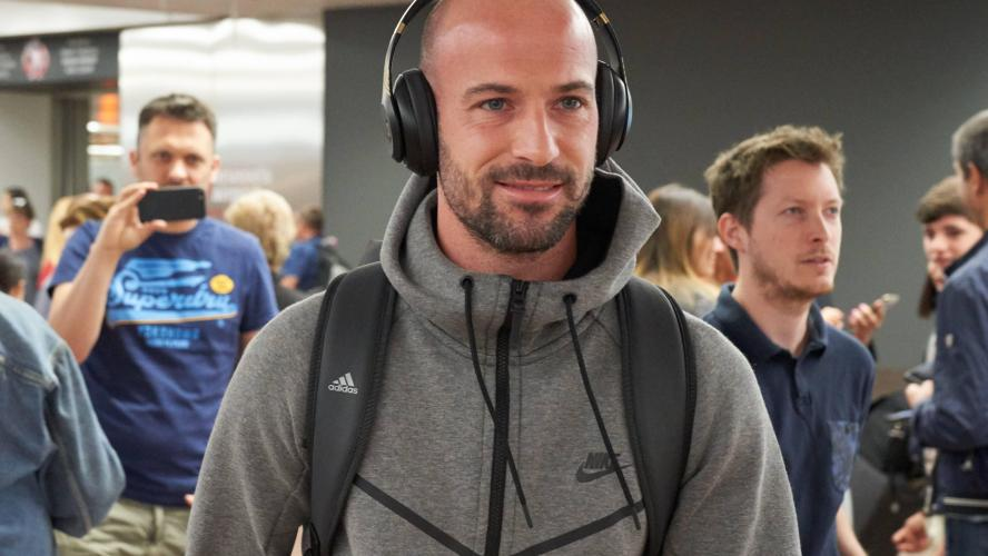 Dijon recrute Laurent Ciman à Los Angeles — DFCO