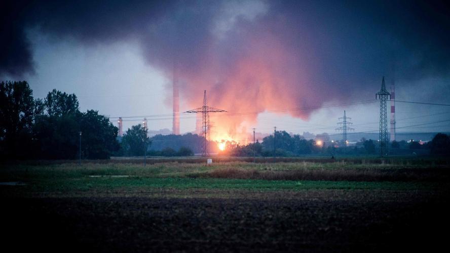 Au moins 8 blessés suite à une explosion dans une raffinerie — Allemagne