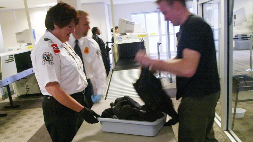 Savez-vous ce qui contient le plus de germes dans les aéroports ?