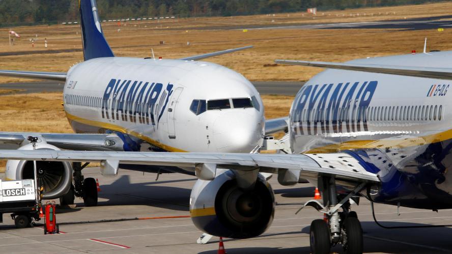 Ryanair menace de supprimer des emplois — Grève