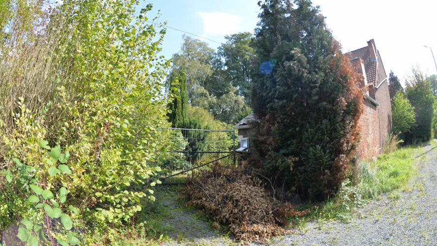Cette maison isolée à l'orée du bois a été le théâtre de ce drame de la solitude.